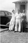 Marion Bundy, Bob Winberg, and Ruth Bundy.  Bob dated Ruth for a while before dating June. (Original: Mary Hundeby)